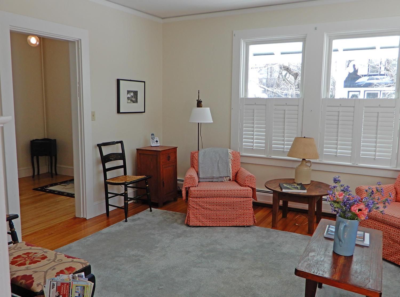 43 Summit Living Room 2