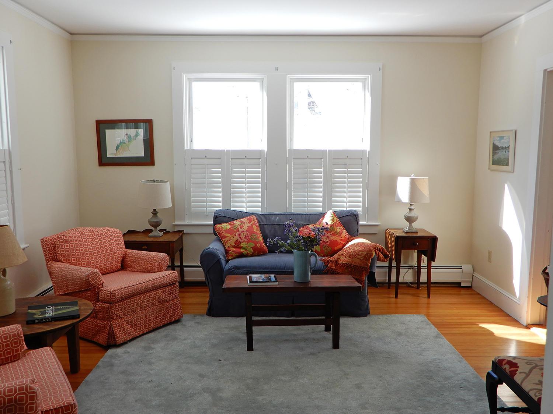 43 Summit Living Room