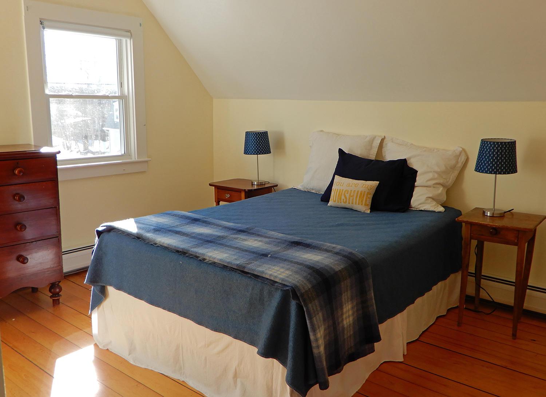 43 Summit Bedroom 1