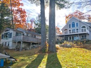 21 Savannah Trail, Naples, ME 04055
