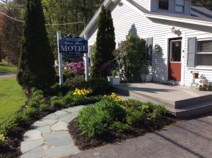 177 N High Street, Bridgton, ME 04009