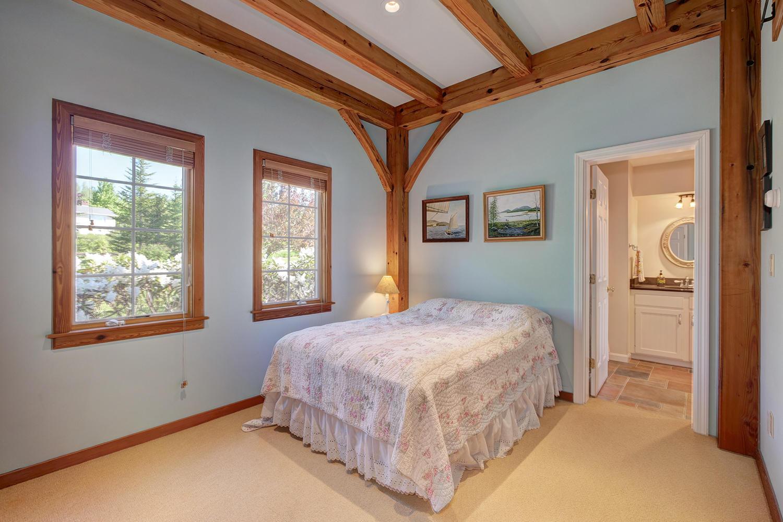 Firstfloorbedroom