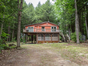 22 Woodcock Lane, Bridgton, ME 04009