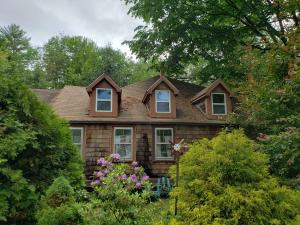 3 Dunton Road, Naples, ME 04055