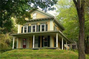 124 Friendship Road, Waldoboro, ME 04572
