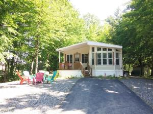 1010 Club Sebago Way, Casco, ME 04015