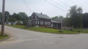142 Baxter Avenue, Auburn, ME 04210