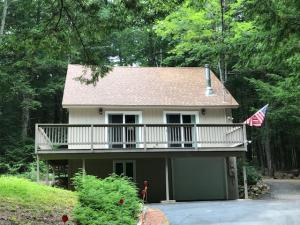 16 N Bay Road, Bridgton, ME 04009