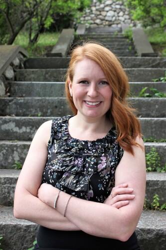 Katie Dube agent image