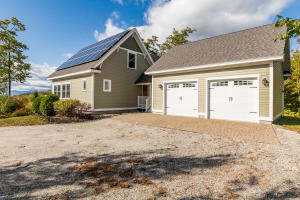 25 Gerry Circle, Sweden, ME 04040