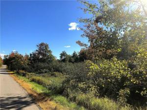800 Manktown Road, Waldoboro, ME 04572