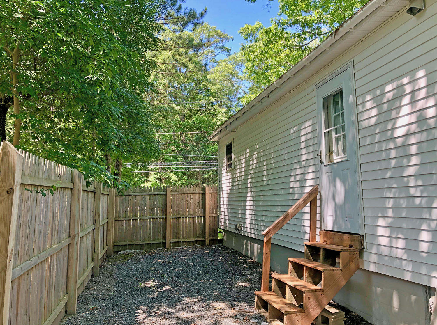 6-Ext. Back Yard.2173