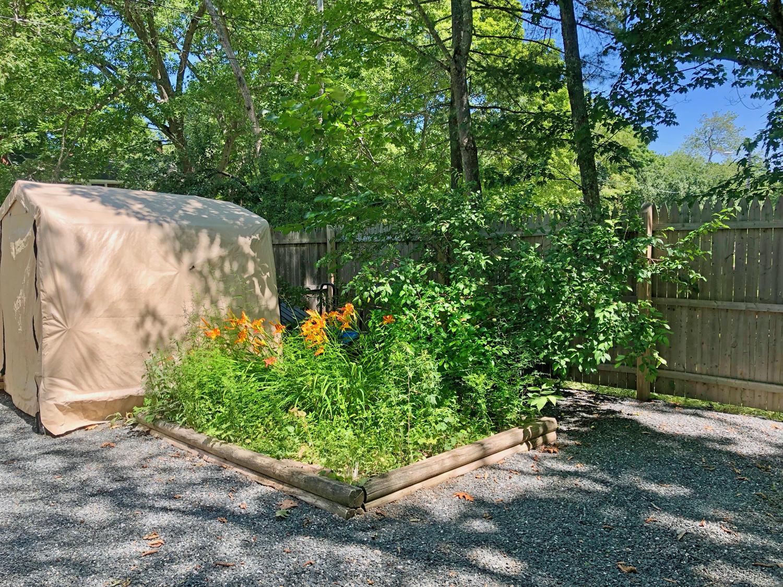 7-Ext. Gardens.2175