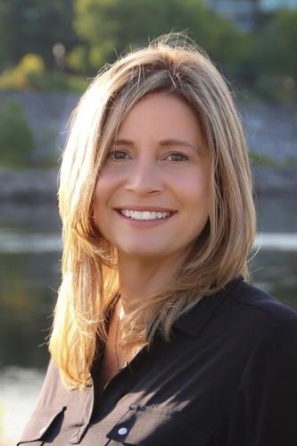 Renee Roy agent image