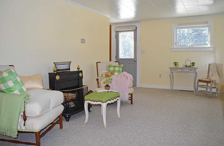 4-Livingroom1