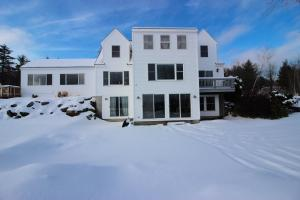 30 Canterberry Drive, Waterford, ME 04088