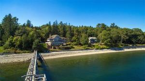 99 Calderwood Lane, Rockport, ME 04856