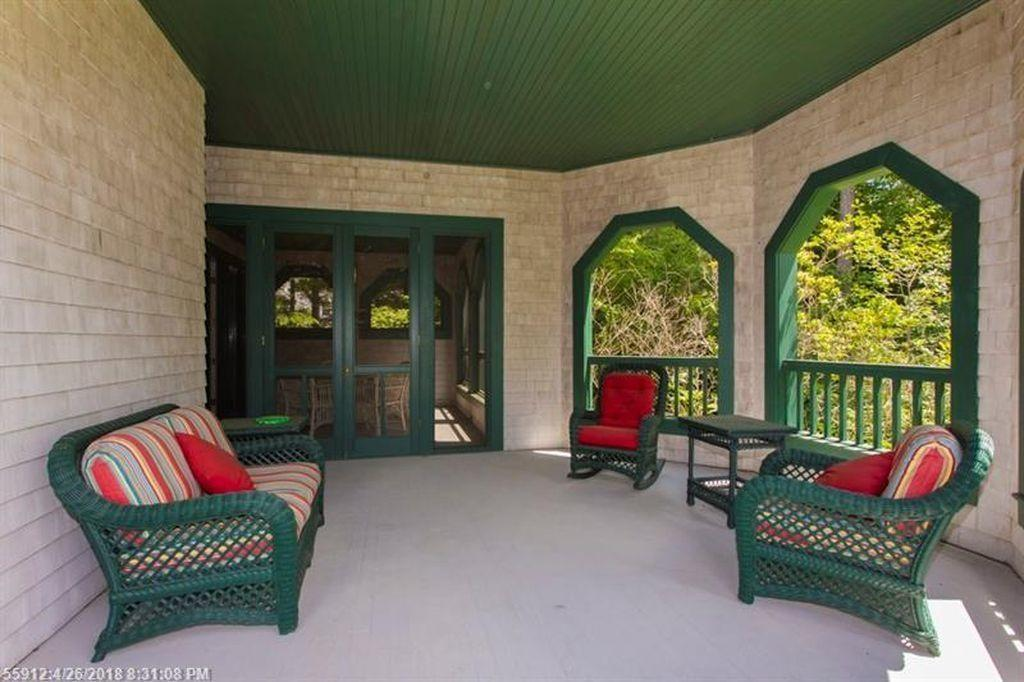 Open Covered Porch off Screened-in...