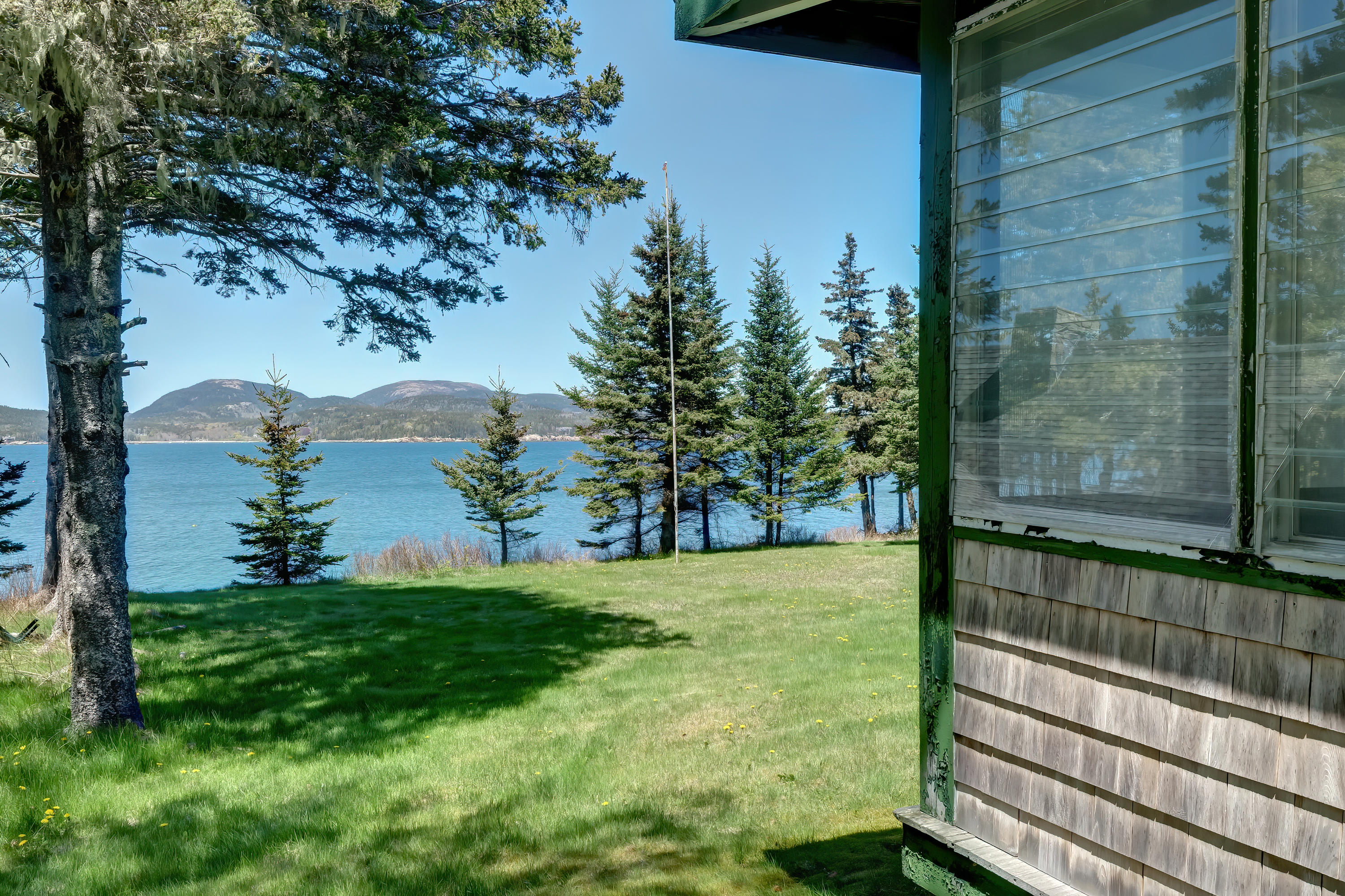 Mosswoodporchwithview