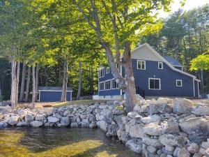 25 Spider View Road, Sebago, ME 04029