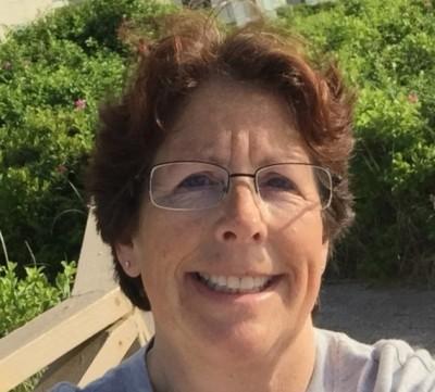 Julie Lemieux agent image