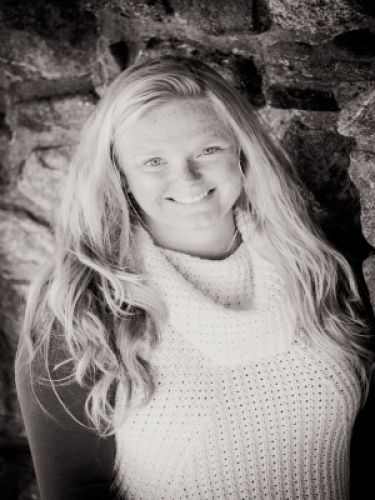 Bobbi Young agent image