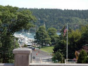 11 Sea Street Northeast Harbor