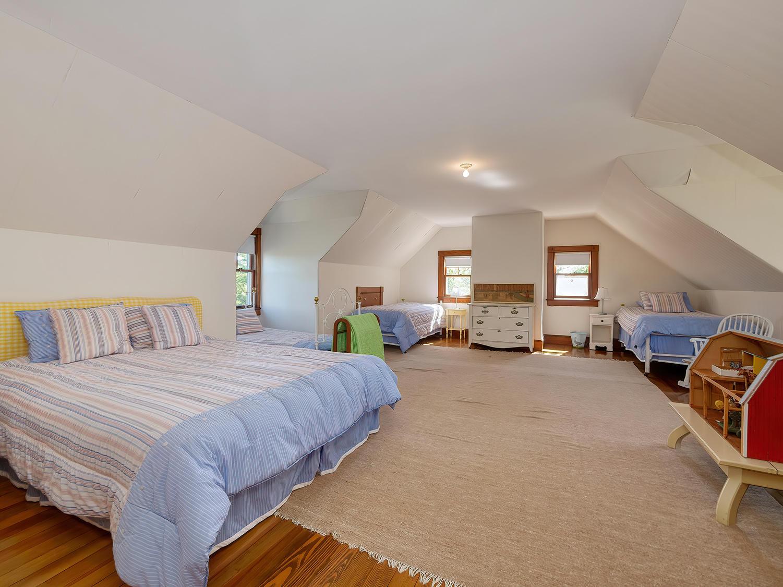 Third Floor Bedroom 1