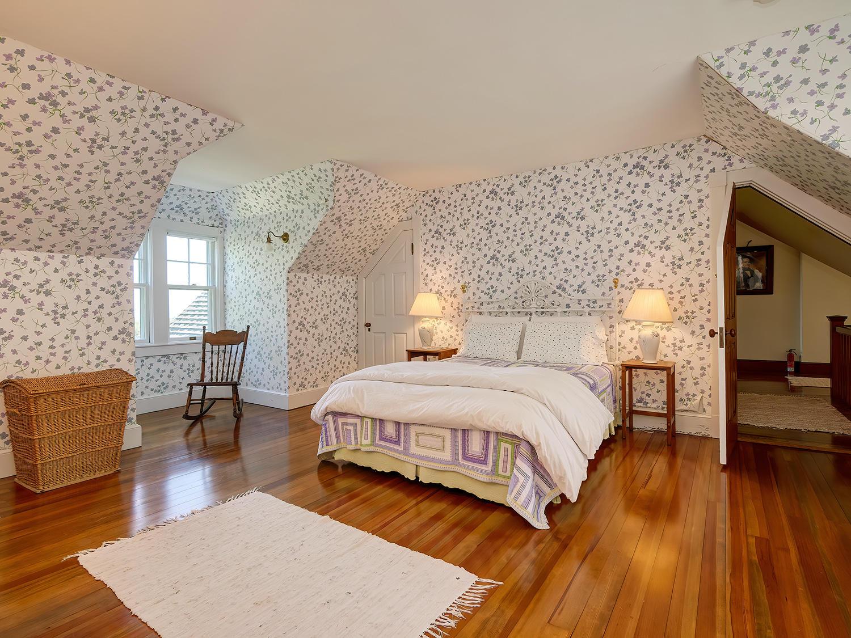 Third Floor Bedroom 3.2