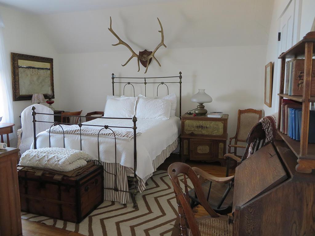 25-Bedroom 3-IMG_5712