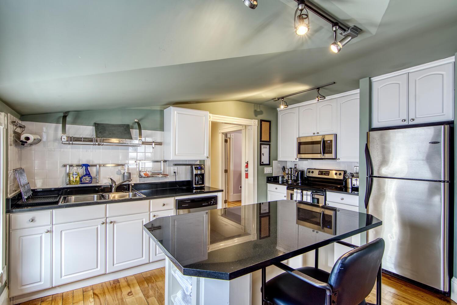 123 Cottage Street Bar Harbor-large-039-