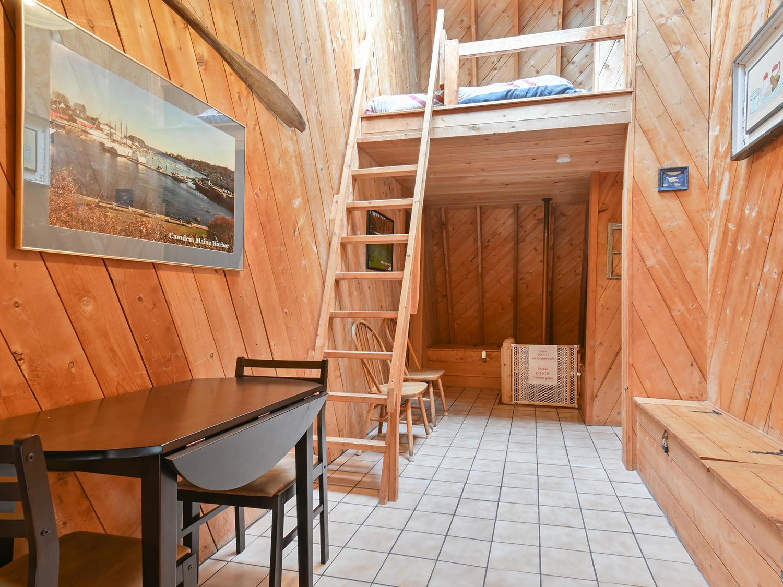 Hallway Upstairs-32