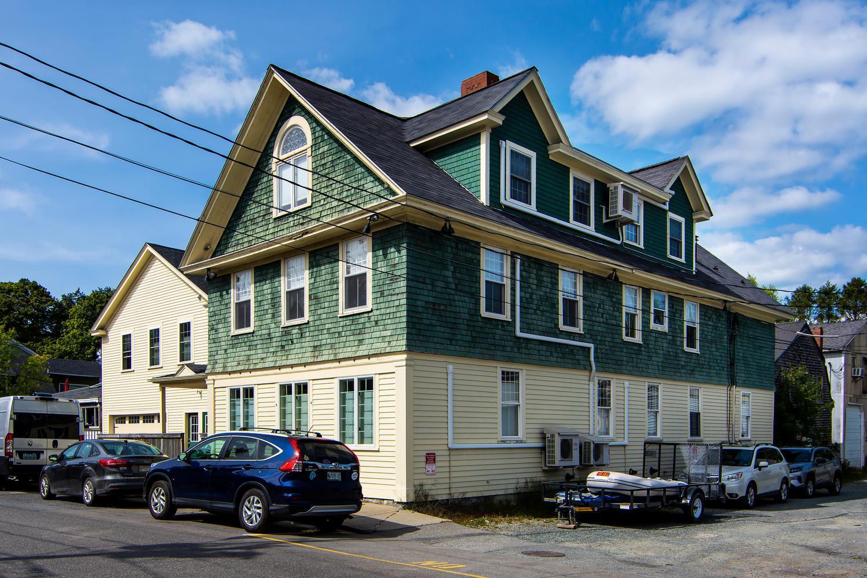 123-125 Cottage Street