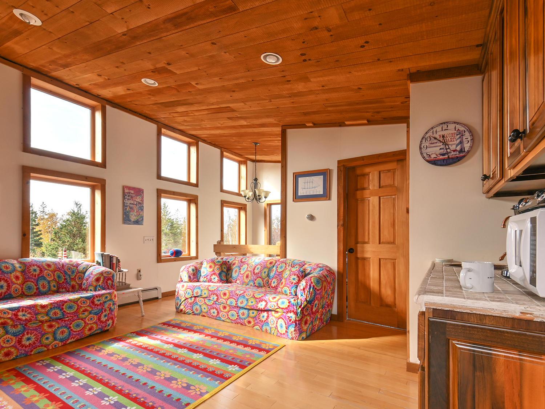 Guest Cottage2