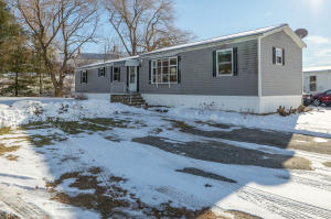 18 Brook Drive, Poland, ME 04274