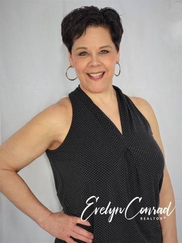 Evelyn Conrad agent image