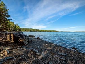 41 Northwest Cove