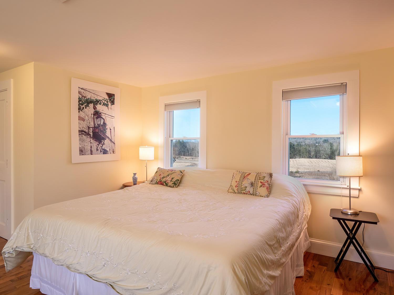 Bedroom2 HiRes (109)
