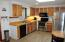 Great kitchen with plenty of cupboard space
