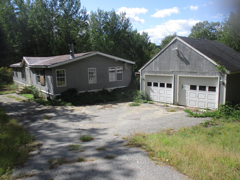 889 River Road, Livermore, ME 04253