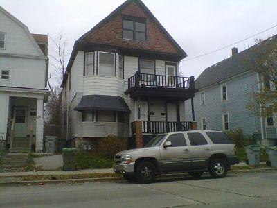 616 Burleigh St, Milwaukee, Wisconsin 53212, 2 Bedrooms Bedrooms, 3 Rooms Rooms,1 BathroomBathrooms,Two-Family,For Sale,Burleigh St,1,1255257