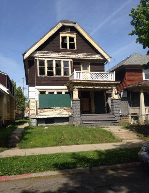 3607 19th St, Milwaukee, Wisconsin 53206, 2 Bedrooms Bedrooms, 5 Rooms Rooms,1 BathroomBathrooms,Two-Family,For Sale,19th St,1,1398482
