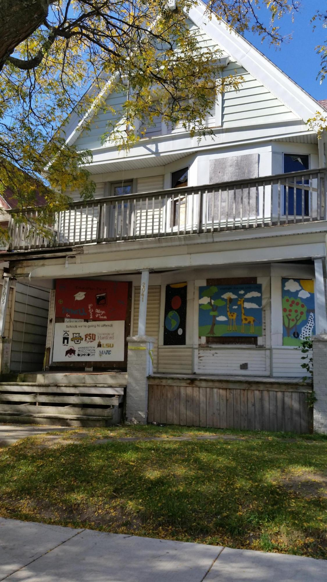 2039 40th St, Milwaukee, Wisconsin 53208, 3 Bedrooms Bedrooms, 6 Rooms Rooms,1 BathroomBathrooms,Two-Family,For Sale,40th St,1,1447455