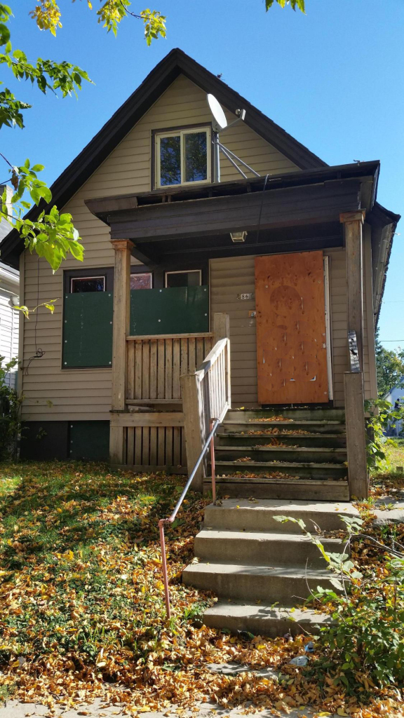 2866 23rd St, Milwaukee, Wisconsin 53206, 2 Bedrooms Bedrooms, 5 Rooms Rooms,1 BathroomBathrooms,Single-Family,For Sale,23rd St,1447239