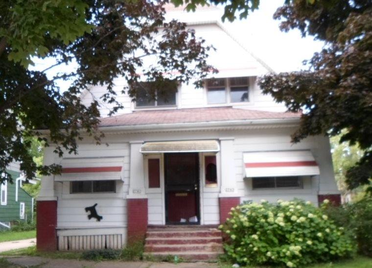 2743 10th St, Milwaukee, Wisconsin 53206, 2 Bedrooms Bedrooms, 5 Rooms Rooms,1 BathroomBathrooms,Two-Family,For Sale,10th St,1,1461463