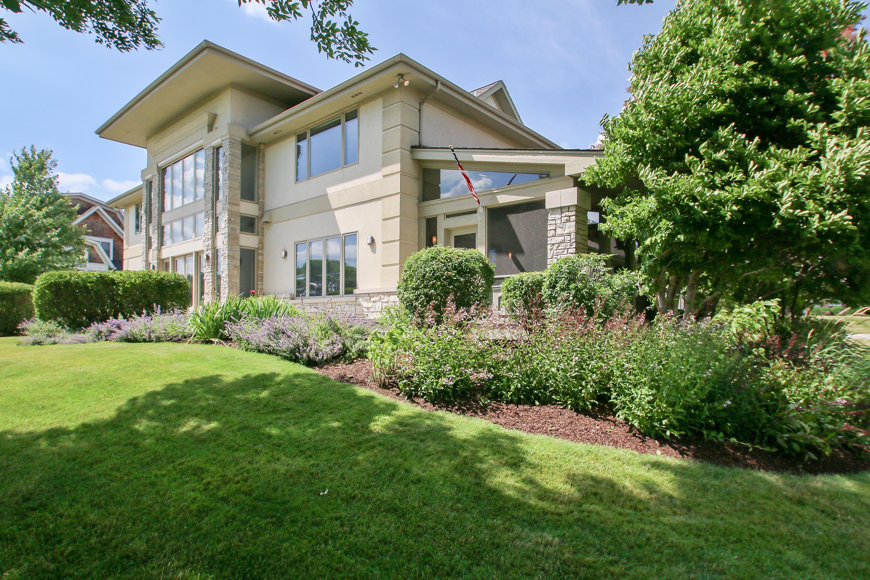 1120 Turnberry Ct, Geneva, Wisconsin 53147, 4 Bedrooms Bedrooms, 13 Rooms Rooms,4 BathroomsBathrooms,Condominiums,For Sale,Turnberry Ct,2,1485231