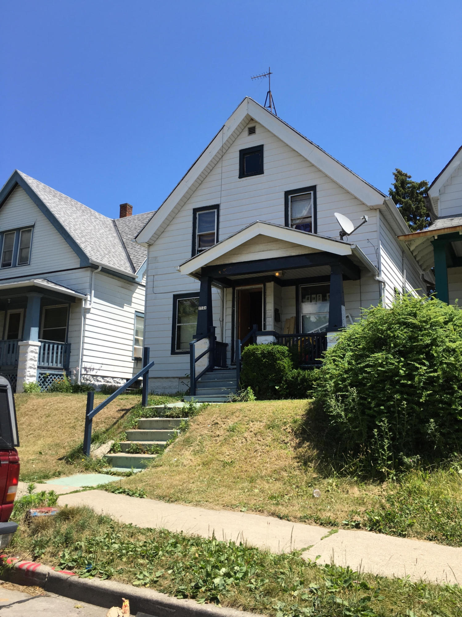 3146 15th St, Milwaukee, Wisconsin 53206, 4 Bedrooms Bedrooms, ,1 BathroomBathrooms,Single-Family,For Sale,15th St,1487737