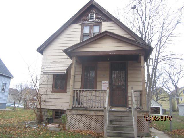 3038 23rd St, Milwaukee, Wisconsin 53206, 2 Bedrooms Bedrooms, 4 Rooms Rooms,1 BathroomBathrooms,Single-Family,For Sale,23rd St,1506672