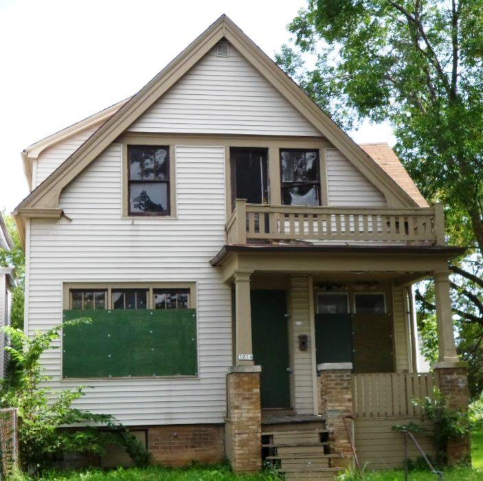 3014 23rd St, Milwaukee, Wisconsin 53206, 2 Bedrooms Bedrooms, 5 Rooms Rooms,1 BathroomBathrooms,Two-Family,For Sale,23rd St,1,1509270