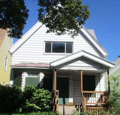 2422 Auer Ave, Milwaukee, Wisconsin 53206, 3 Bedrooms Bedrooms, 5 Rooms Rooms,1 BathroomBathrooms,Two-Family,For Sale,Auer Ave,1,1520766